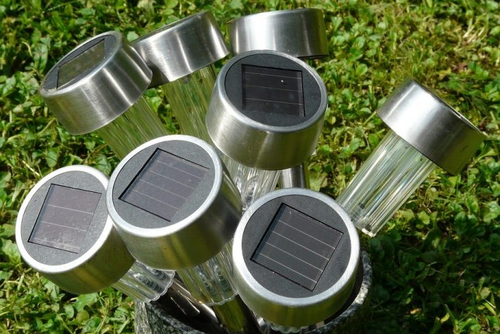 Best Outdoor Solar Lights to Increase Look of your Garden